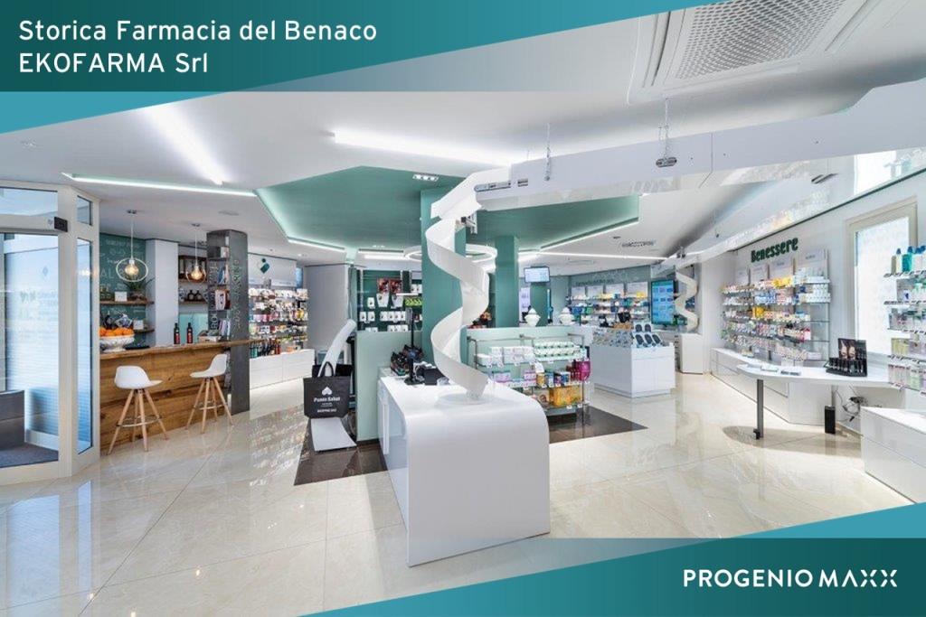 Ekofarma arredo farmacia con microstation e progenio