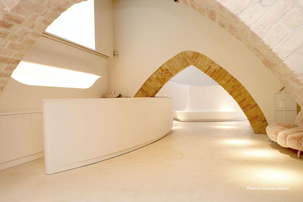Prospettiva di seduta Augeo Art Space progettata con MicroStation per arredi su misura da Dal Pos
