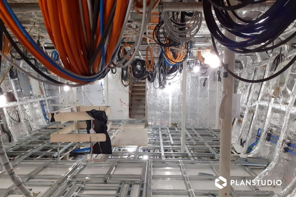 interno cantiere navale synthesis cabin-1